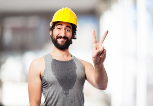 sport-man-with-a-helmet_1154-127